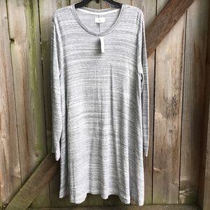 NWT Lou & Grey dress